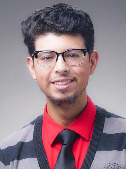 EWU Enrollment Advocate Manny Lopez